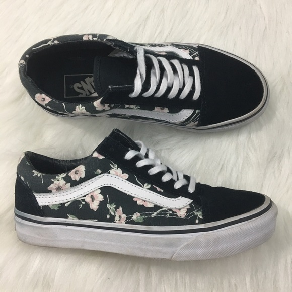 detailed pictures cheapest price colours and striking Vans Old Skool Floral Navy Blue White Pink